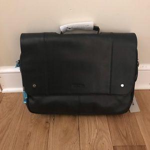 Kenneth Cole Reaction flip computer laptop bag